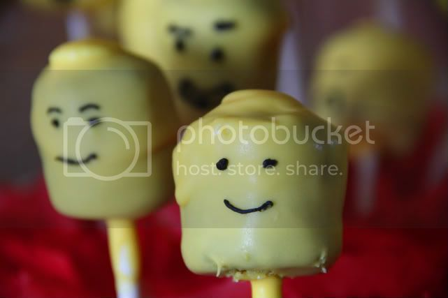 classic lego head cake pop